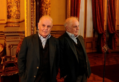 Barenboim, distinguido