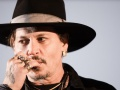 Johnny Depp demanda a sus abogados